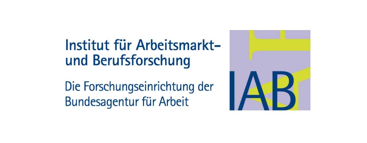 Logo des IAB. Institut für Arbeitsmarkt- und Berufsforschung. Die Forschungseinrichtung der Bundesagentur für Arbeit.